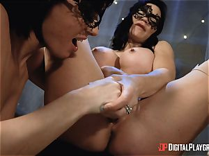 provocative lesbians Olive Glass and Jasmine Jae steam up the apartment