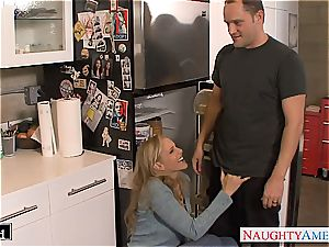 sugary-sweet Julia Ann poked well and caked