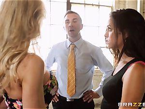 Brandi enjoy lets ho-bo Abbey Lee Brazil plumb her guy