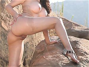 Vanessa Veracruz masturbating in the steaming sun