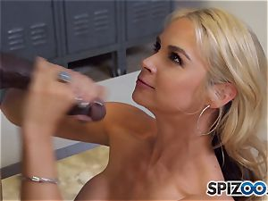 Sarah Vandella makes the deal that she gets an interview and he gets a sloppy fellatio