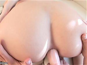 Victoria Tiffani tuck arse ass-plug in her friend's rump