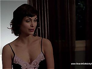 unbelievable Morena Baccarin looking uber-sexy nude on film