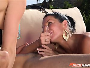 Chanel Preston and Veronica Avluv banged deep in the red-hot splashing cunt pies