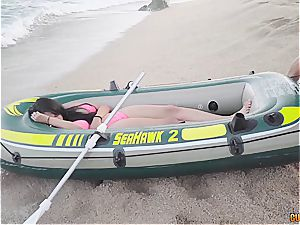 Lifeguards revive a chica with cock-to-mouth mechanism