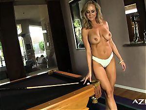 blondie milf deep-throats dildo and packs herself up