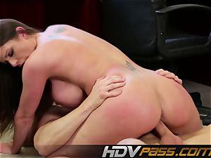 HDVPass huge-chested Brooklyn displays off those hefty mounds