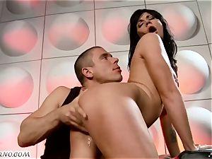 drunk mega-slut gets penetrated in nightclub