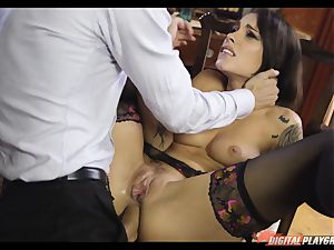 Nikita Bellucci has the key for the antidote for Danny D