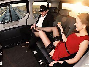 boned IN TRAFFIC - british Tina Kay penetrated in the car