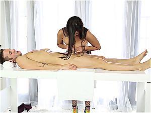 gorgeous masseur wanking shy man