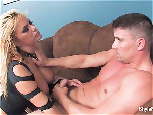 blond milf Shyla gets a gonzo tear up and a facial cumshot