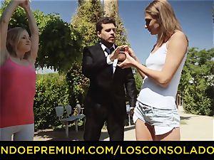 LOS CONSOLADORES - super-fucking-hot blondes share rigid manmeat in trio