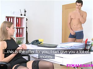 FemaleAgent american dude cums on magnificent blond face