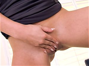 Cherie Deville crams her mummy coochie with nubs